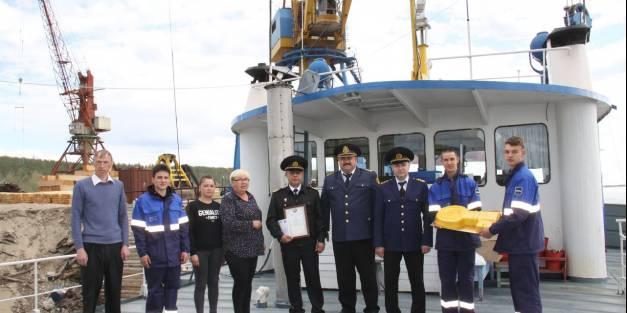 «СОТ-1109» первым прибыл в Якутск